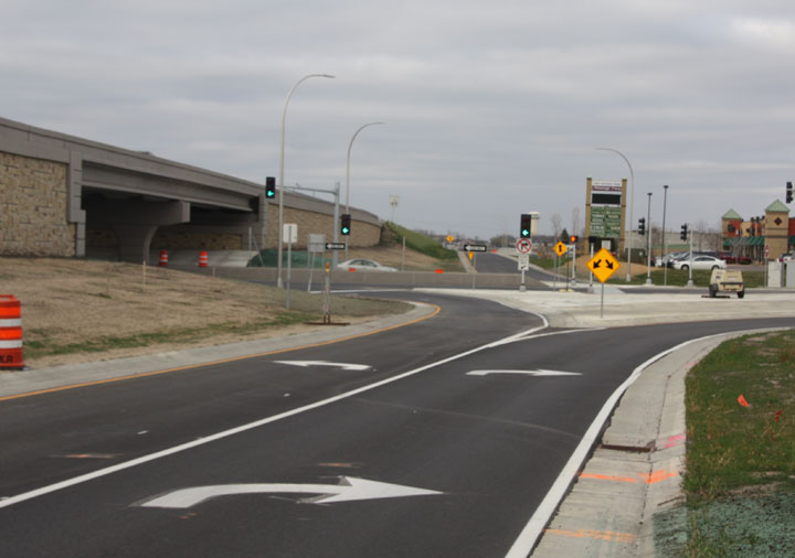 Rogers turn lanes